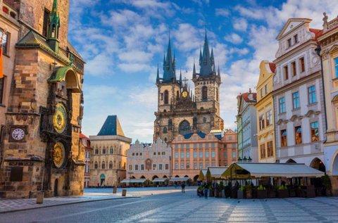 Városnézős hétvége Prágában