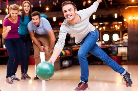 1 óra bowlingozás maximum 6 főnek a Római-parton