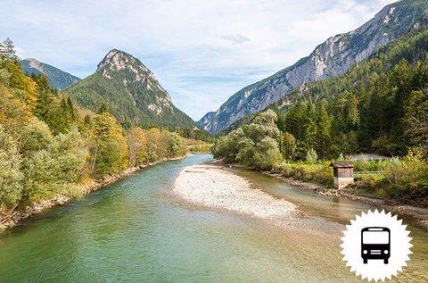 Látogass el a mesés Dachsteini jégvilágba!