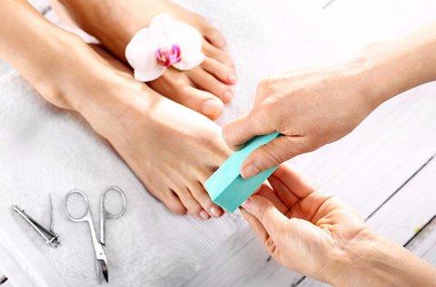 Komplett gyógypedikűr 10 perces lábmasszázzsal