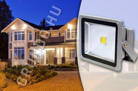 30 W-os LED reflektor hidegfehér színben