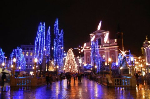 Adventi városnézés Ljubljanában és Mariborban