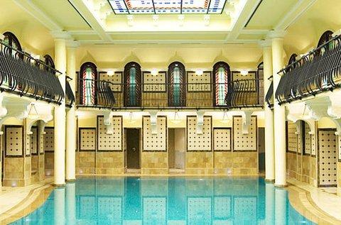 Királyi wellness nap a Corinthia Hotel-ben 1 főre