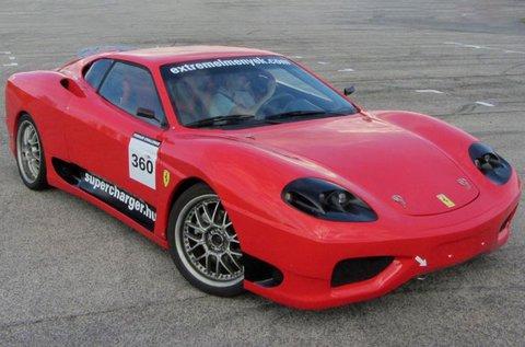 3 körös élményautózás egy Ferrari 360 Replikával