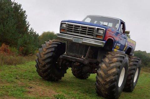 4 körös élményvezetés Monster Truck-kal
