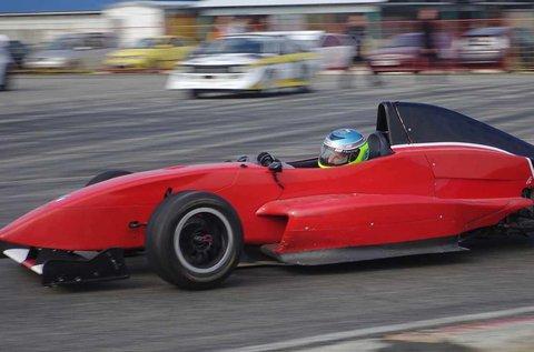 Formula Renault 2.0 vezetés 3 körön át
