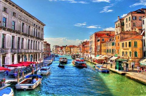 Gondolázzatok a lagúnák városában, Velencében!