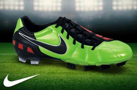 Nike férfi és fiú futballcipők szintetikus bőrből