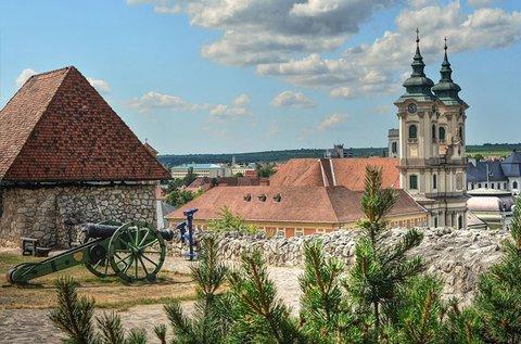 Pihenés a történelmi városban, Egerben