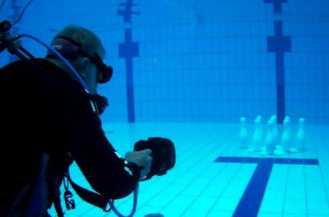 Izgalmas Bubble Gun víz alatti lövöldözés