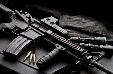60 lövés 3 db szabadon választott fegyverrel