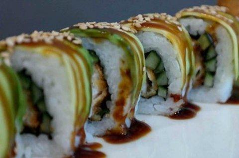 Sushi válogatás 1 csésze miso levessel