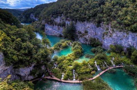Mesés kalandozás a Plitvicei tavaknál