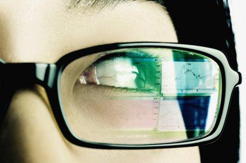 Dioptriás vagy nélküli monitorszűrős szemüveg