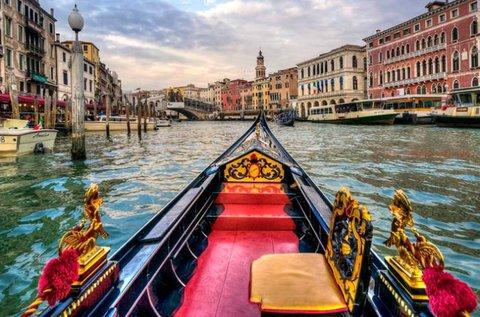 Valentin-napi kiruccanás a gyönyörű Velencébe