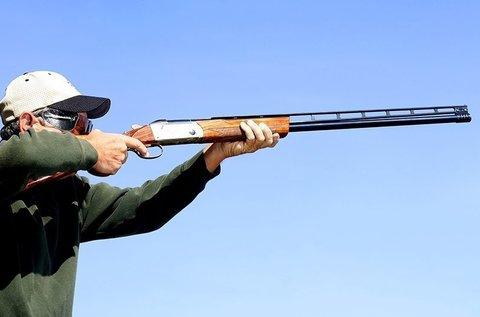 Agyaggalamb lövészet 25 lövéssel és oktatással