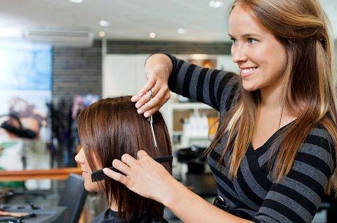 Hajkezelés professzionális haj- és fejbőr ápolással