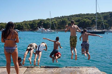 Csodás vakáció a horvát szigeten, Prvic Lukaban