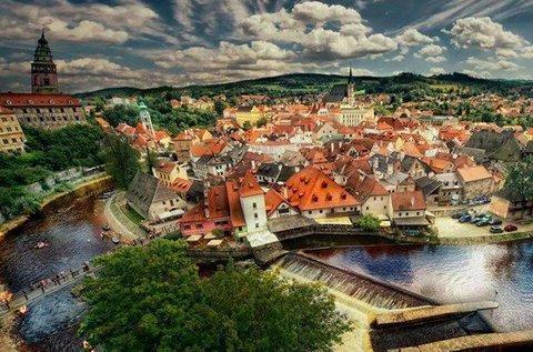 Fedezd fel a cseh Cesky Krumlov tündéri városkáját!