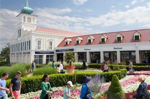 Vásárlás az ausztriai Parndorfban buszos úttal