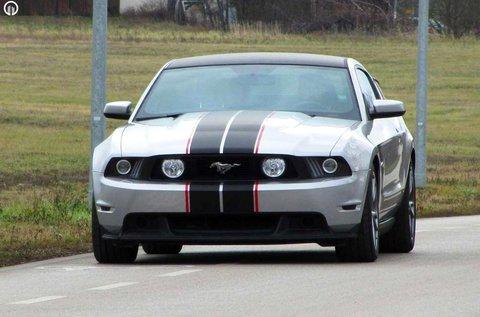Száguldj egy Ford Mustang GT 5.0 Coyote autóval!