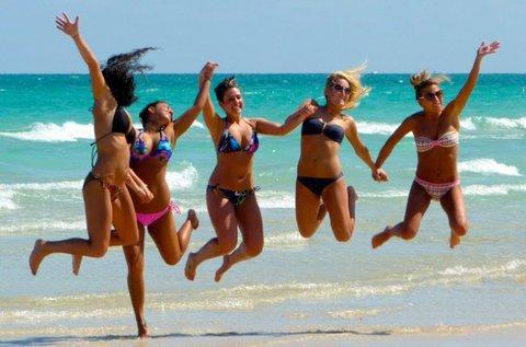 Strandolj Jesolo homokos tengerpartján!