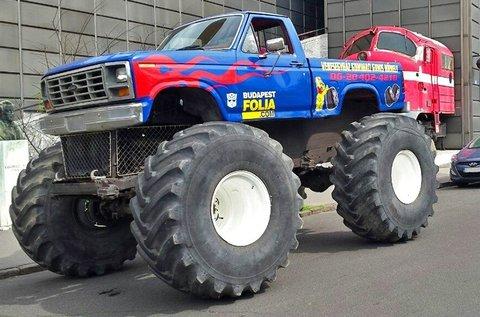 4 körös vezetés vagy autózás Monster Truckkal