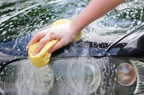 Extra személygépkocsi tisztítás viaszos kezeléssel