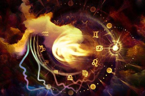 Személyre szabott asztrológiai elemzés