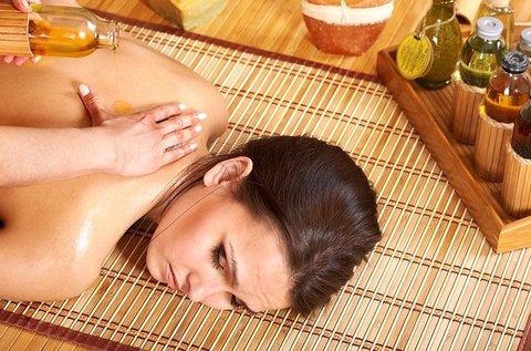 60 perces aromaterápiás olajos thai masszázs