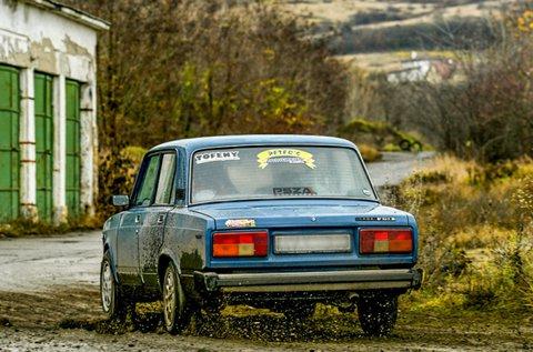3 körös rally edzés egy Lada 2105-tel Kakucson