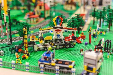Belépő a Kockapark kiállításra, a Camponában