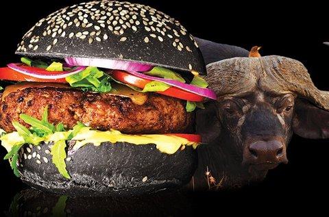 Fekete burger bivalyhússal + grillezett burgonya