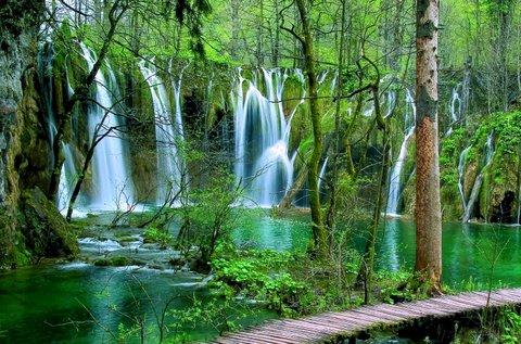 Látogass el a festői szépségű Plitvicei-tavakhoz!