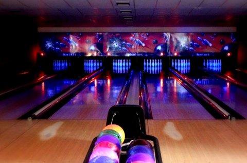 2 óra bowlingozás 6 fő részére a Római-parton