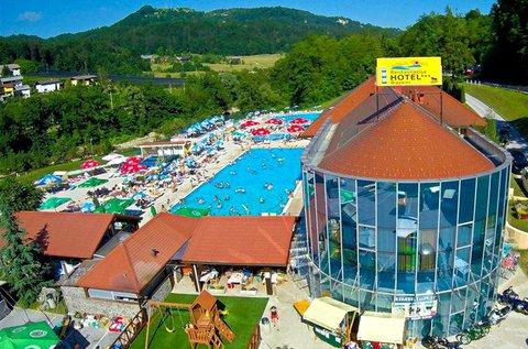 Szlovéniai kikapcsolódás fürdőbelépővel