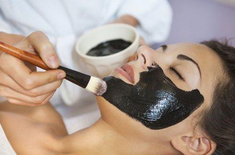 Karbon Lux pikoszendumos bőrfiatalító arckezelés