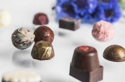 Kézműves bonbon és csokikészítés