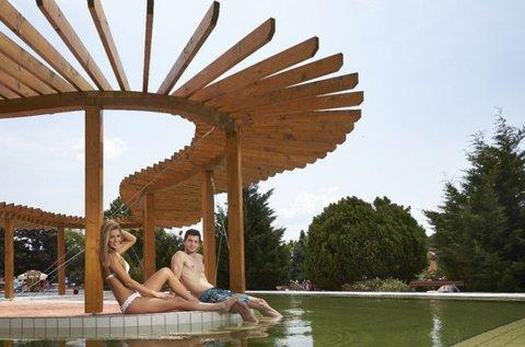 Gyógyító tavaszi pihenés Dombóváron, hétvégén is