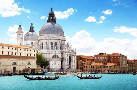 Romantikus kiruccanás1 fő részére Velencébe