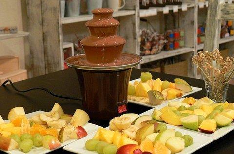 Csoki szökőkút 2-4 főre minőségi belga csokival