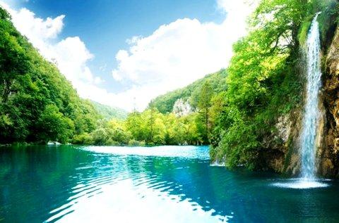 Kalandos kirándulás a festői Plitvicei-tavakhoz