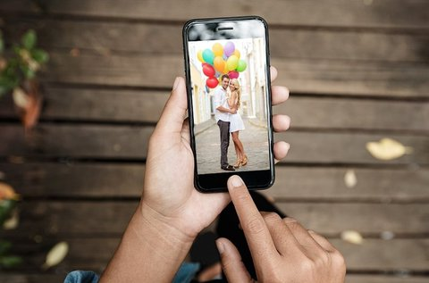 iPhone 8 kijelzőcsere üvegfóliával