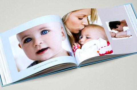 46 oldalas, A4-es keménytáblás fotókönyv