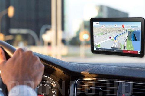10 colos GPS világtérképpel és autós tartóval