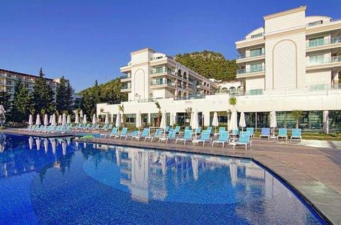 8 napos főszezoni luxus üdülés Törökországban