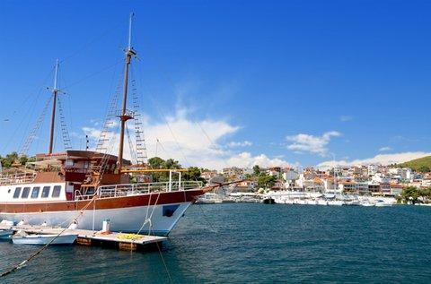 Élvezd a napsütést az Égei-tenger partján!