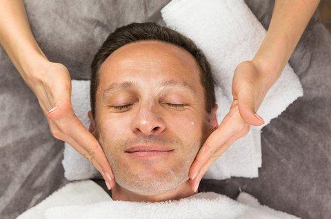 Hyaluronsavas arcfiatalítás férfiaknak