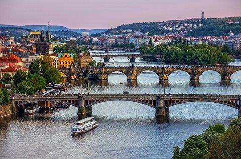 Töltsétek a május 1-jei hosszú hétvégét Prágában!