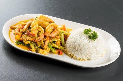 3 fogásos thai vacsora 2 főre 1-1 pohár fehérborral